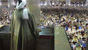 Jum'atan Telat, Langsung Shalat Sunnah atau Menjawab Adzan dulu?
