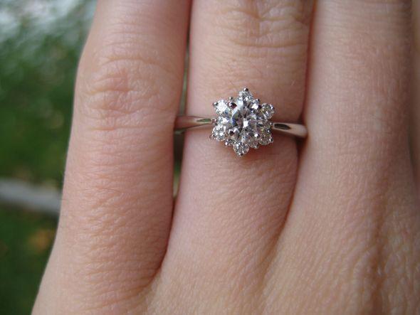nauti nuptials diamond flower engagement rings. Black Bedroom Furniture Sets. Home Design Ideas