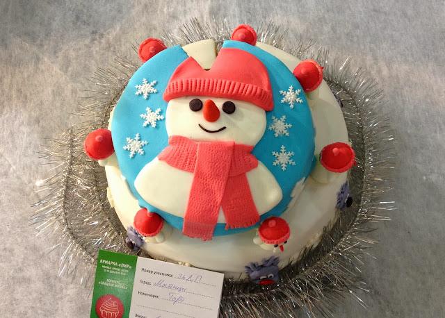 Новогодний торт, снеговик
