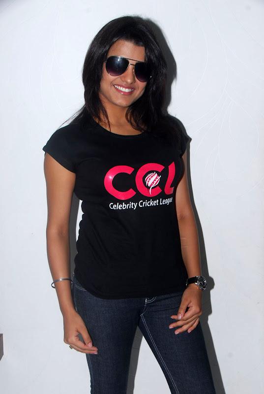 Tashu Kaushik Ccl Stills sexy stills
