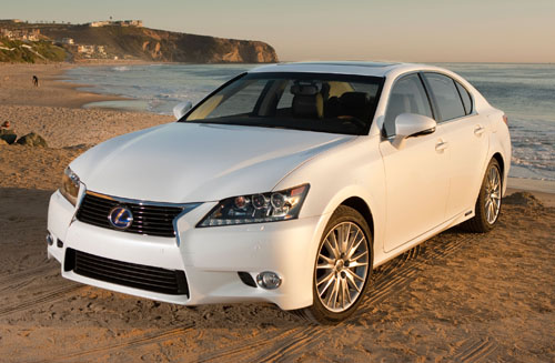 White 2013 Lexus GS450h front 3/4 view at ocean