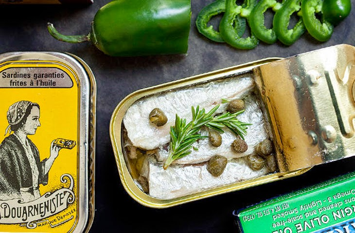 13 блюд, которые можно приготовить из рыбных консервов
