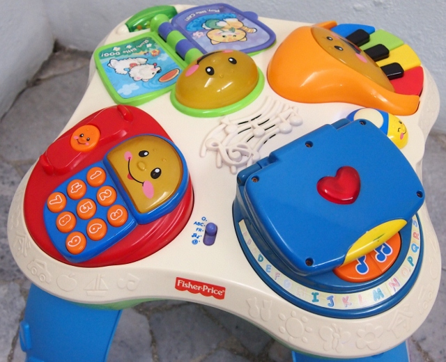 Juaimurah fisher price learning activity table - Table activite fisher price ...