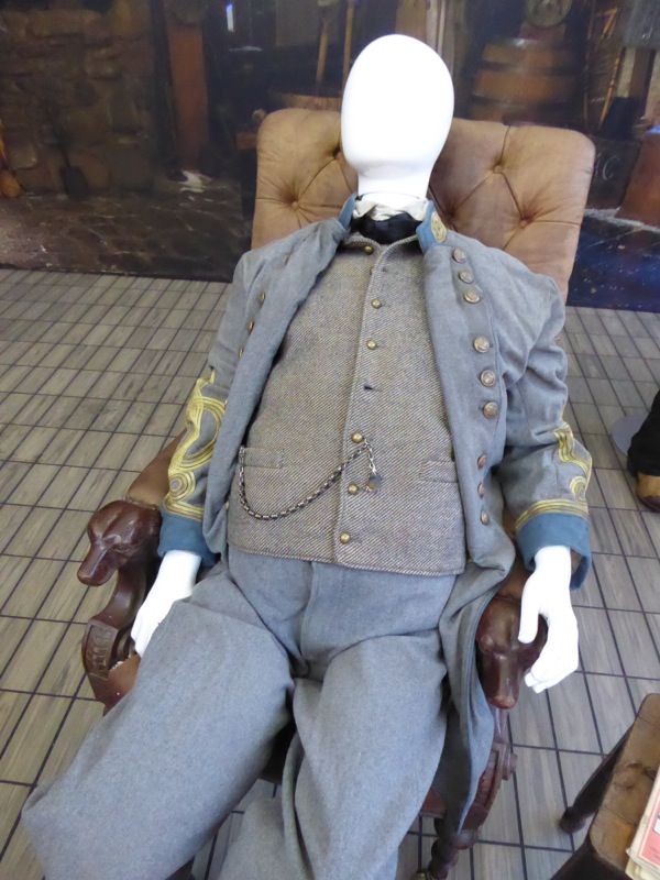 General Sandy Smithers costume Hateful Eight