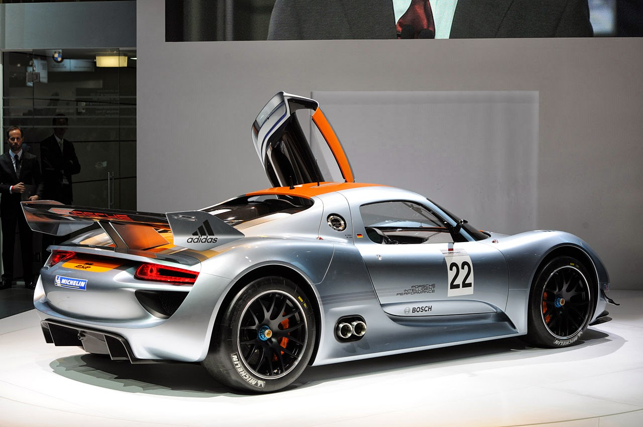 fab wheels digest f w d 2011 porsche 918 rsr concept. Black Bedroom Furniture Sets. Home Design Ideas