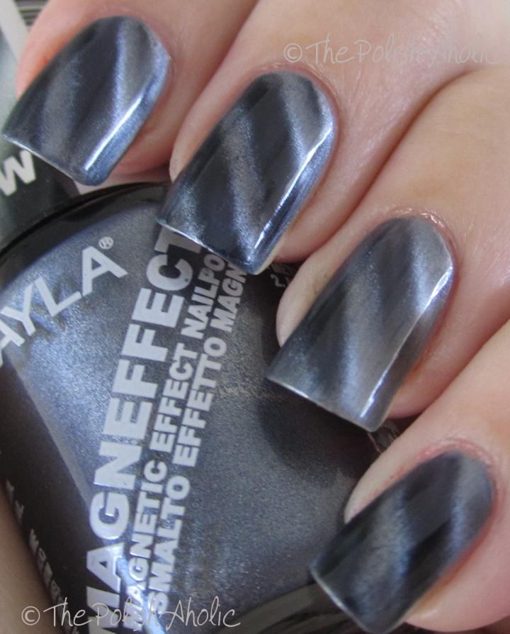 The PolishAholic: Layla Magneffect Blue Grey Flow & Silver Galaxy