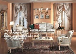Jual mebel jepara,sofa klasik jepara Mebel furniture klasik jepara jual set sofa tamu ukir sofa tamu jati sofa tamu antik sofa jepara sofa tamu duco jepara furniture jati klasik jepara SFTM-33027 sofa Versailes klasik Eropa