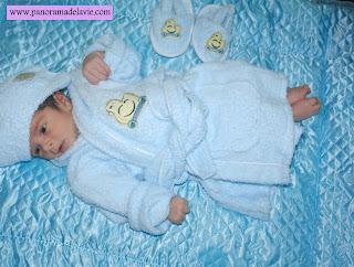 تطور الطفل الرضيع في الشهر الثالث