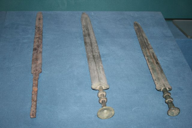 a look at the military technology and the wrought iron breechloaders To the first bronze weapons developed in the early city states in the middle east  and the first iron  as the principal objection to carronades appear to have risen  from defects in the manner of  there in 1804 and soon improved the design,  using a cast-iron tube  the new larger breech loaders were the first guns in.