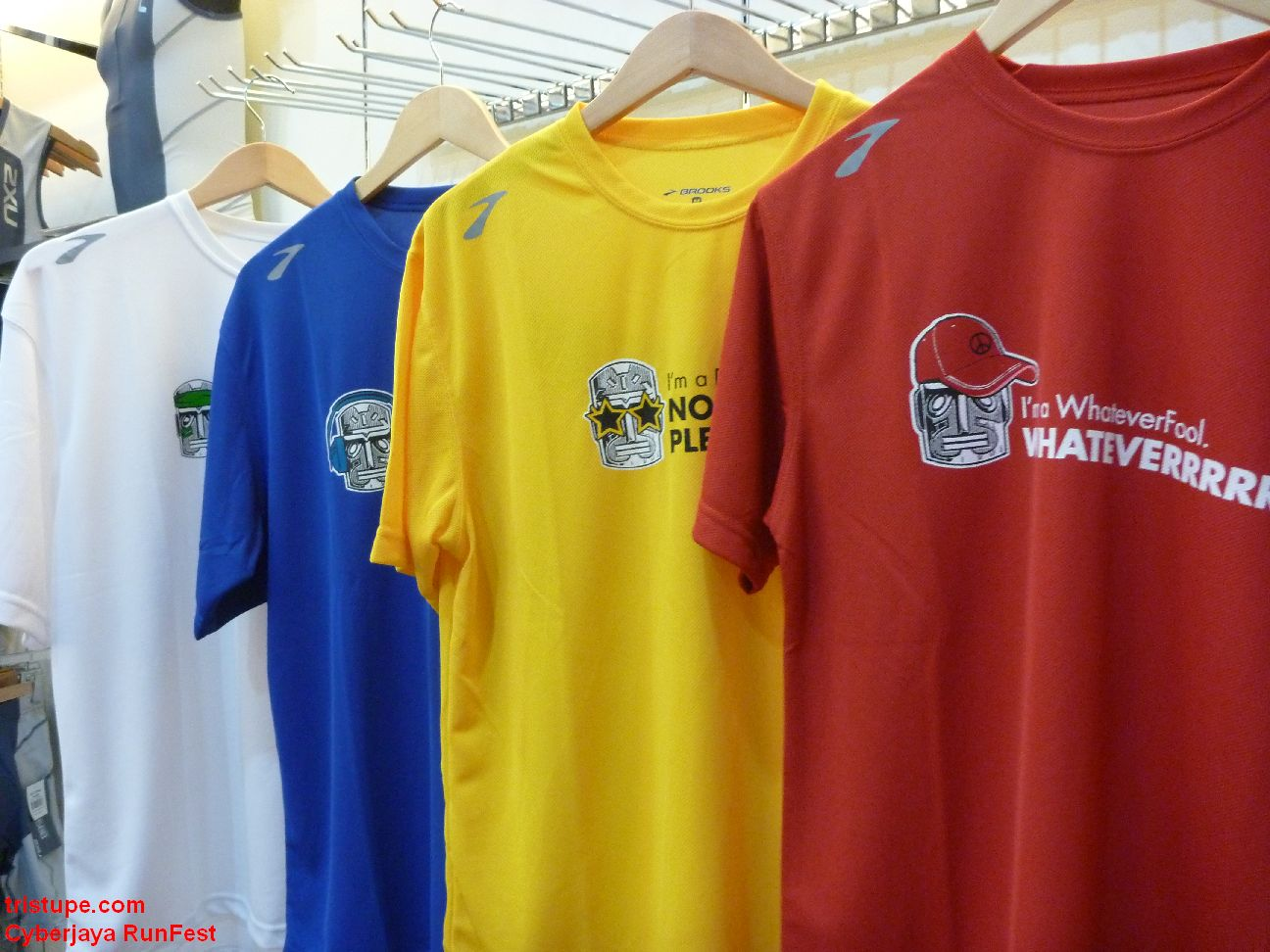 Design t shirt rumah sukan - This Is Also The First Time I Believe That An Organizer Took The Trouble To Make Four Different Type Of Design And Uses Four Different Color To Give The