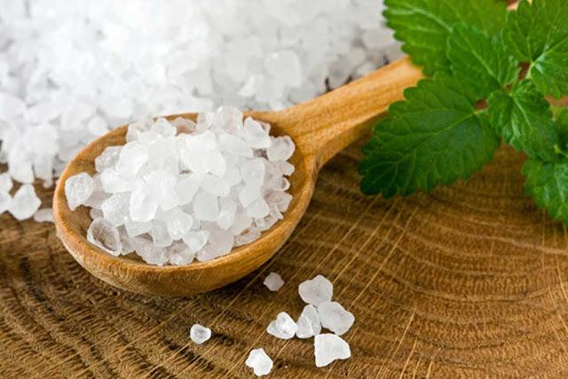 Δείτε γιατί το (πραγματικό) αλάτι είναι τόσο χρήσιμο για τον οργανισμό!