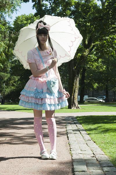 Sweet Lolita - Page 4 Kata1