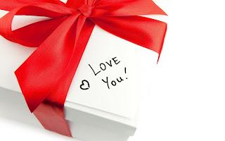 Love Message Gift Box HD Wallpaper