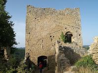 La torre de l'homenatge des de l'ala nord del castell