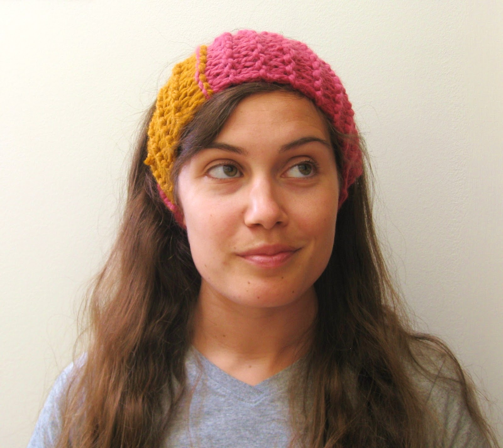 Free Knitting Pattern Chunky Headband : megan E sass handknits: Free Knitting Pattern: Chunky Colorblock Headband / E...
