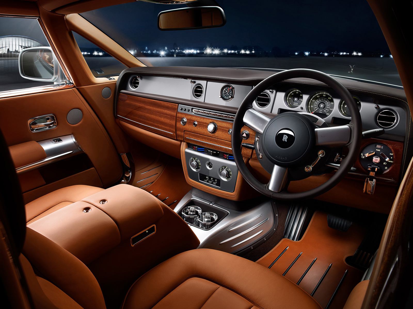 Sports cars rolls royce phantom 2013 interior for Rolls royce ghost interior
