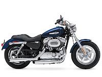 2013 Harley-Davidson XL1200C Sportster 1200 Custom pictures 4
