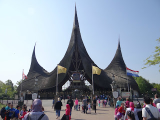 Holland family day out, Holland theme park, Efteling theme park