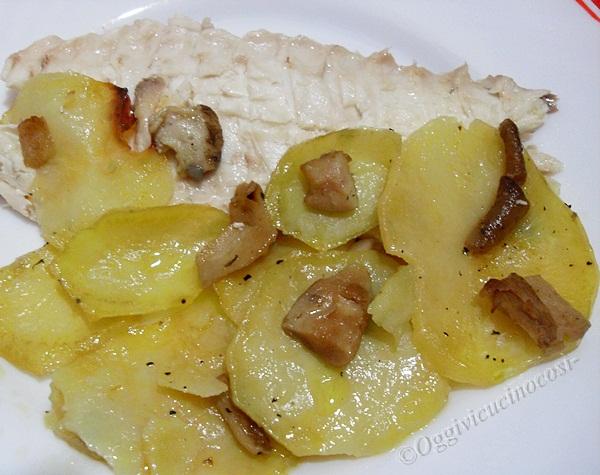 Oggi vi cucino cos orata al forno con funghi porcini su letto di patate - Filetto di orata al forno su letto di patate ...