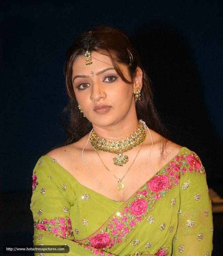 Aarti Agarwal Nude Photos 30