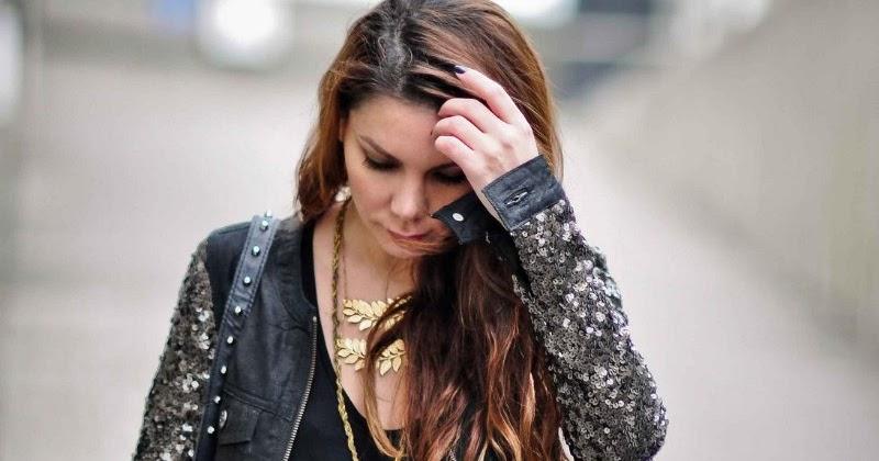 Hair Style Joda : Simona Mar: Floral maxi ? Sequin sleeves ? Messy hair