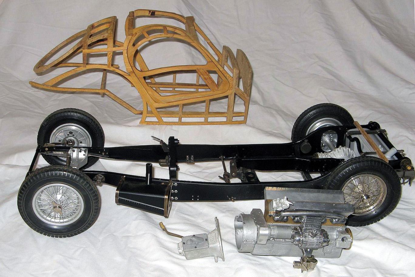 maquette bugatti 1 18. Black Bedroom Furniture Sets. Home Design Ideas