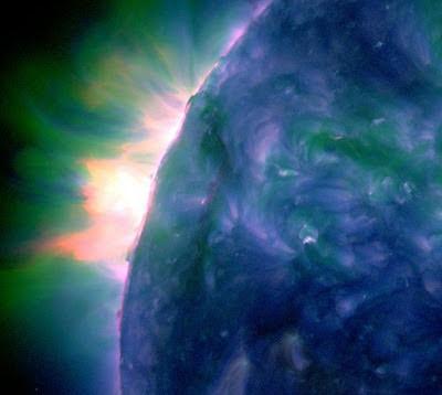 LLAMARADA SOLAR CLASE M 1.4 14 de Enero de 2012