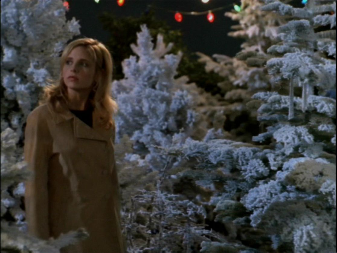 12 Best Christmas Themed Episodes On Tv