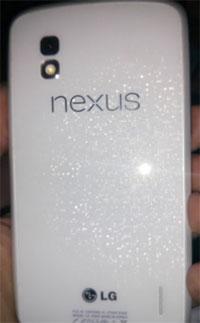 Svelata la foto e il video in anteprima della versione bianca del Nexus 4 smartphone con Android