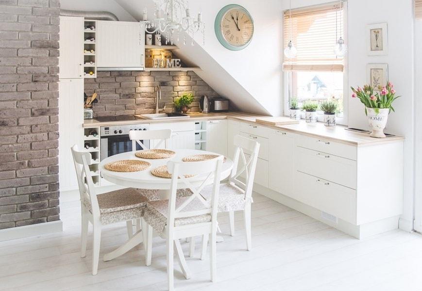 C mo decorar una cocina peque a cocinas con estilo for Como decorar una cocina