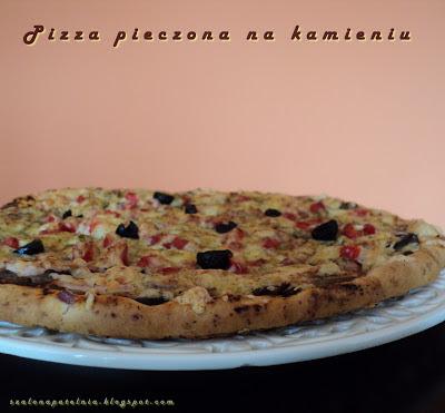http://szalonapatelnia.blogspot.com/2013/07/pizza-pieczona-na-kamieniu.html