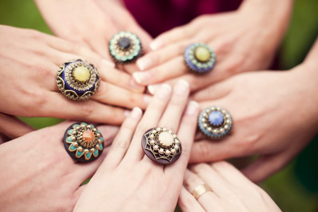 mixed-bridesmaids-rings