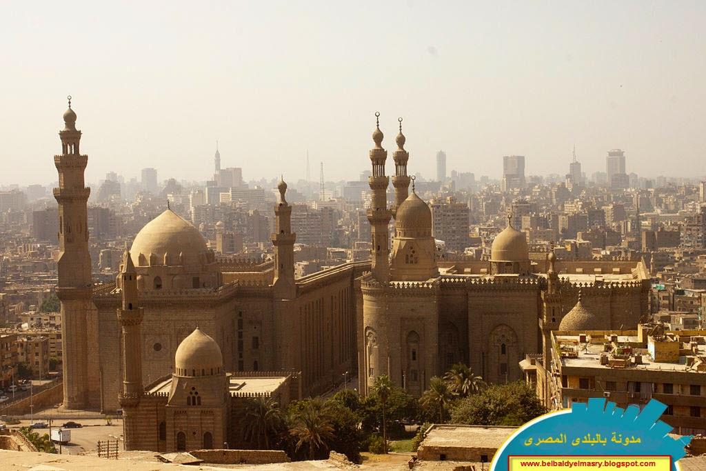 حمل وشاهد شاشة توقف بانوراميه رائعه لمسجد الرفاعى بالقاهره وتجول فى المسجد كانك داخله بحجم 3.49 ميجا بايت