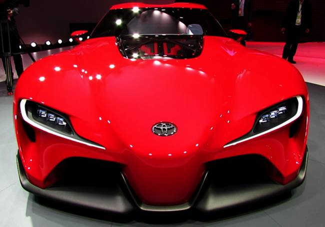 2016 Toyota Supra vs Lamborghini Aventador Fighting Strength