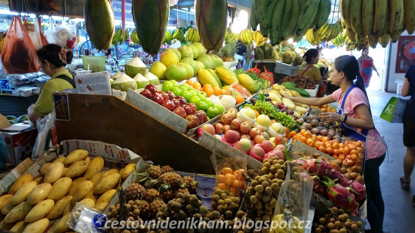 Ovocný trh // Fruit Market