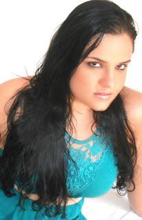 Raquel Machado 04