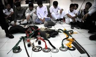 Tawuran Pelajar di Indonesia Memalukan !