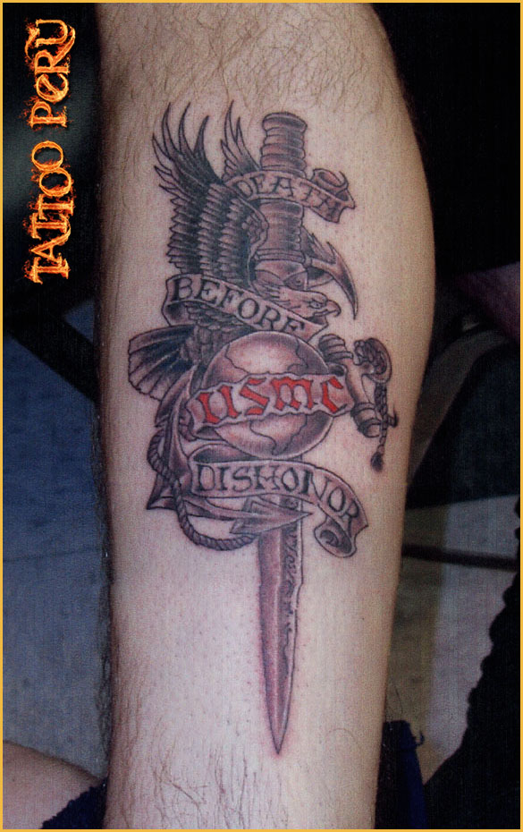 Tatuajes: Consejos antes de hacerse un Tatuaje 01_tatuaje_de_cuchillo_y_alcon
