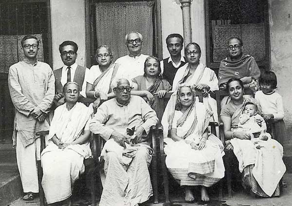 rabindranath tagores freedom ideology 375 open texture of nationalism: tagore as nationalist excessive, exaggerated and exclusive emphasis on values, which leads to a vain and importunate overestimation of ones own nation and thus to a.