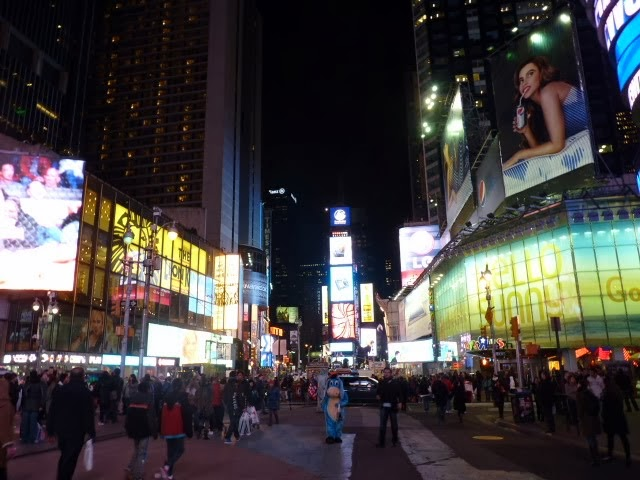 Muñecos en Times Square