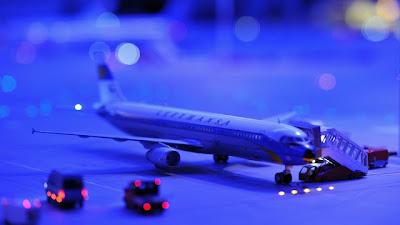 [Internacional]  (Imagens) Aeroporto de Hamburgo em miniatura  Knuffingen-airport_01+%252810%2529
