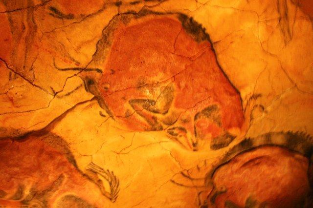 Bisonte recostado Neocueva de Altamira en el Museo de Altamira