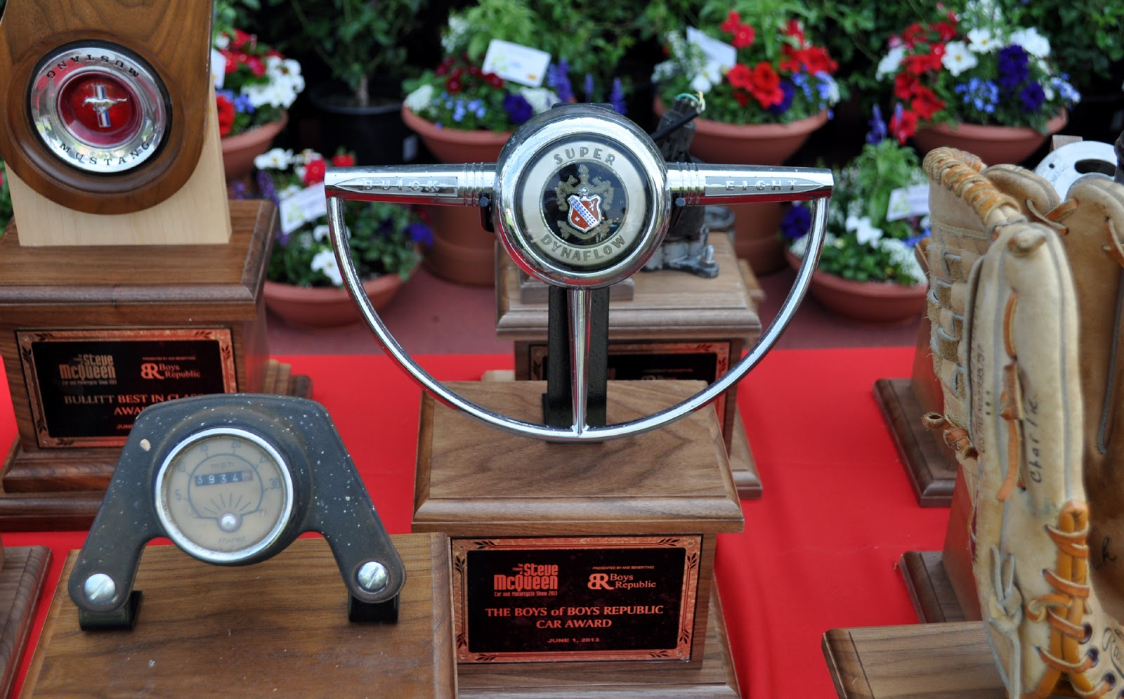 The Wonderful Hand Made Car Parts And Baseball Gloves Trophy - Chino hills car show