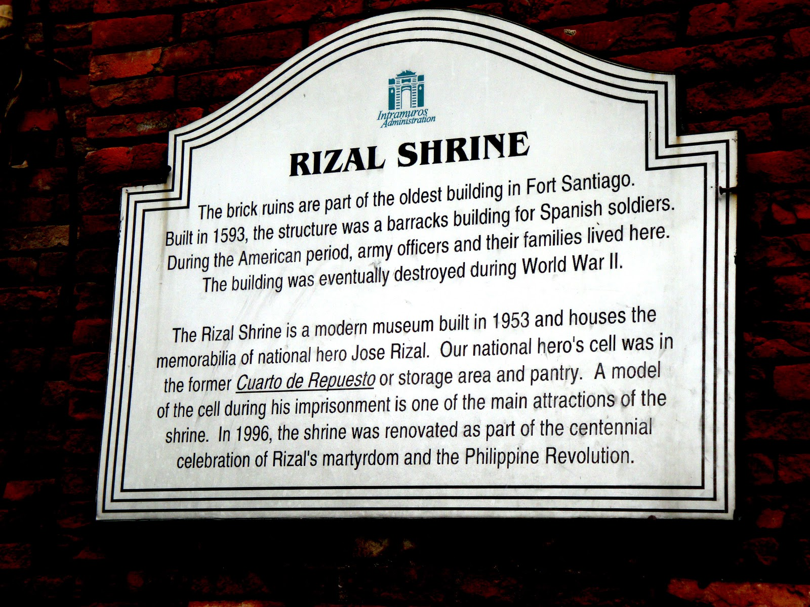 heroism of jose rizal Love of country (jose rizal) not only does he incorporate family and religion into his paper, but he also equates patriotism to heroism.