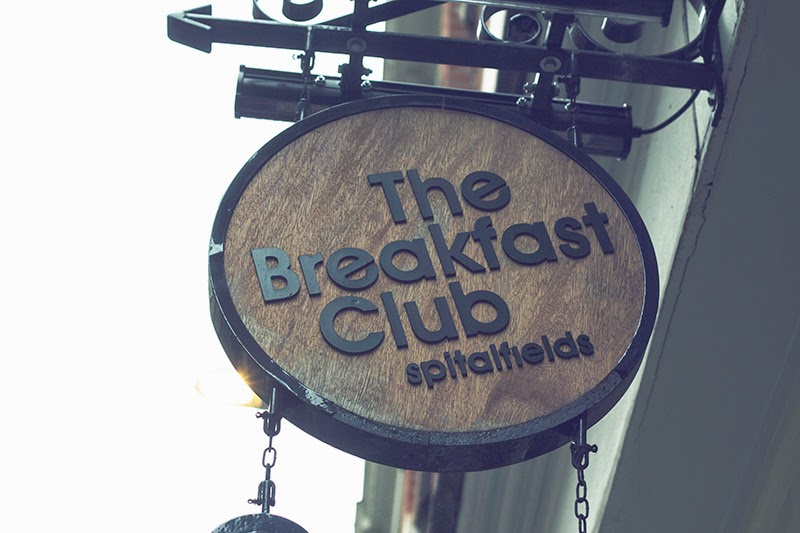 breakfast club spitalfields fashion blogger guide