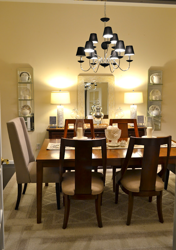 Genial And Here Is What The Dining Room Looks Now With These New Beautiful Chairs.