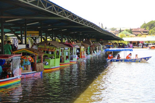 Lokasi Floating Market Lembang-Tiket Masuk Floating Market Lembang
