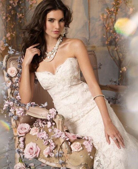 Perfect Autumn Wedding Dresses