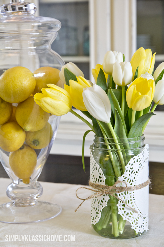 How to create an easy spring centerpiece on the cheap