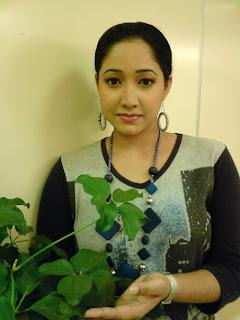 Swarnawahini News Presenter Ishara Koralage
